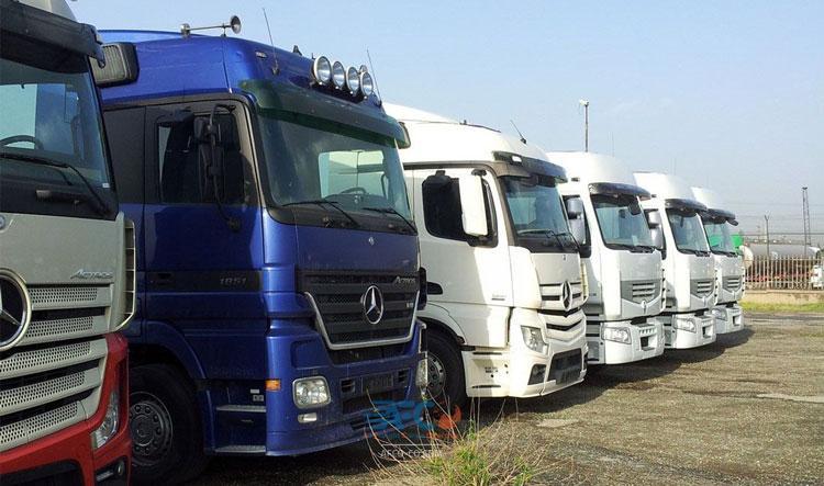 جزئیات ترخیص ۲ هزار کامیون دپوشده در گمرکات 5   آفکو