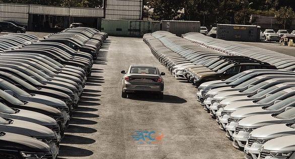 آخرین وضعیت خودروهای وارداتی دپو شده در گمرکات 5 | آفکو