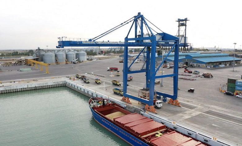 واردات و صادرات بیش از ۲ میلیون و ۵۰۰ هزارتُن کالا در بندر امیرآباد 3 | آفکو