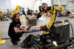 سودمندی انقلاب خودروهای برقی برای سازندگان ماشینآلات کارخانجات 9 | آفکو