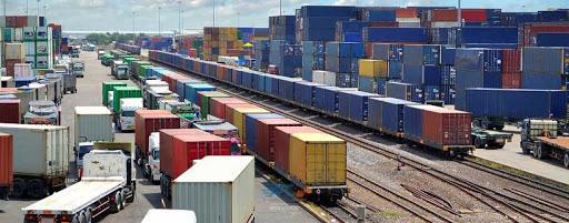 مزایای حمل و نقل ترکیبی کانتینری با ریل چگونه به کار می آید؟ 5   آفکو