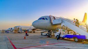خدمات حمل هوایی بار چیست؟ 10   آفکو