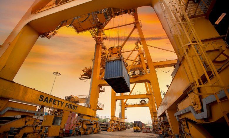 تا سال ۱۴۰۴ صادرات غیرنفتی ۲برابر میشود 3 | آفکو
